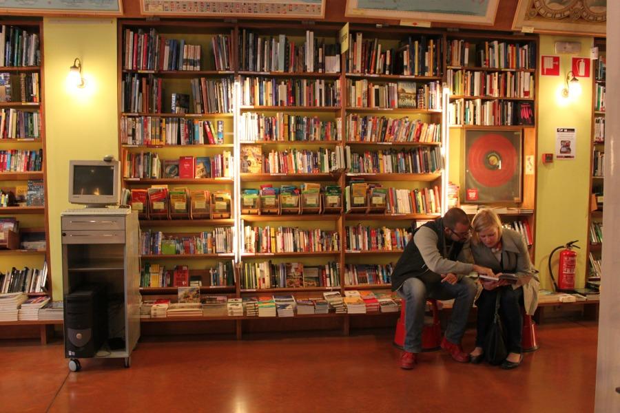 La librería de viajes por excelencia en Barcelona. |Fotografía: Arlene Bayliss