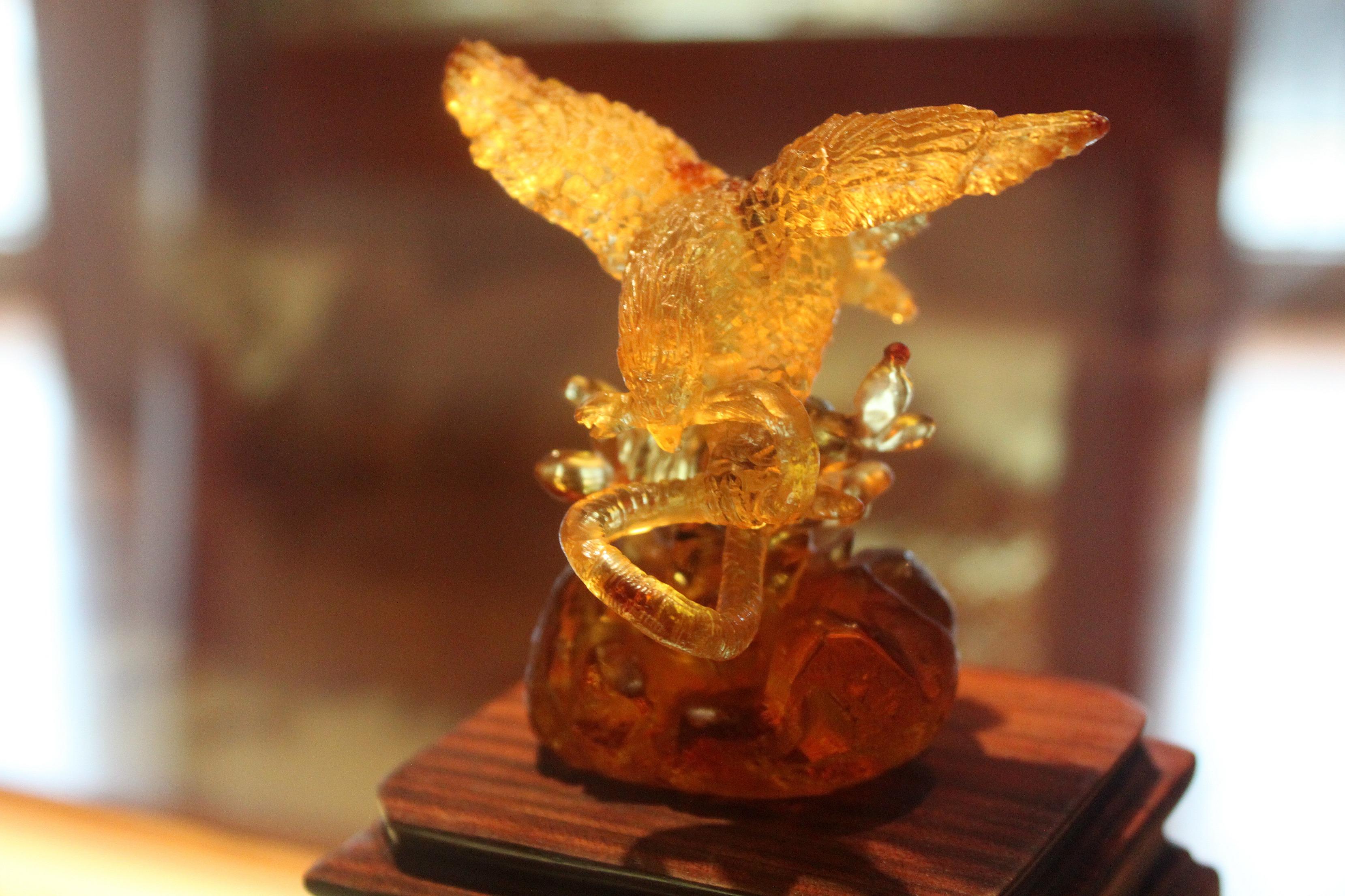El águila nacional de ámbar en el Museo Ámbar de Chiapas |Foto: Arlene Bayliss