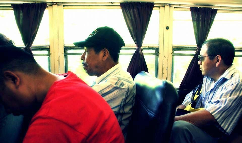 Ya no hay trenes en Latinoamerica, las ventanillas son más pequeñas y no siempre se mira el paisaje. |Fotografía: José Alejandro Adamuz