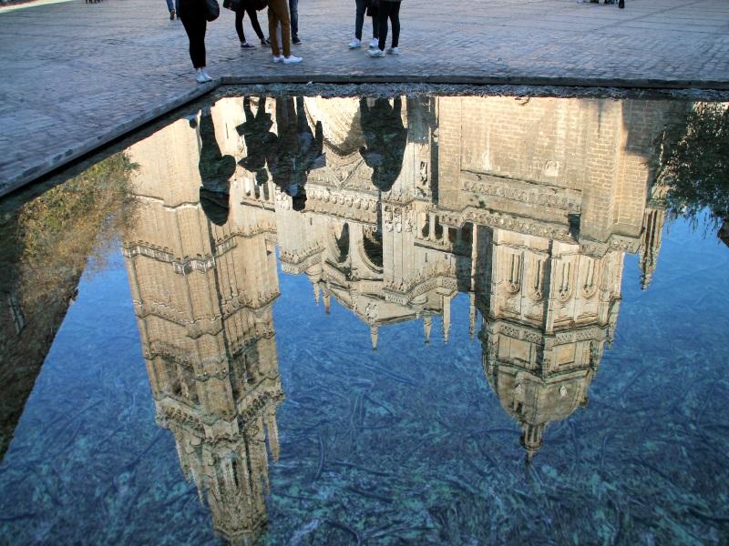 La fuente de la Plaza del Ayuntamiento es la más grande y la única que se encuentra al aire libre │Fotografía: Virginia Martínez
