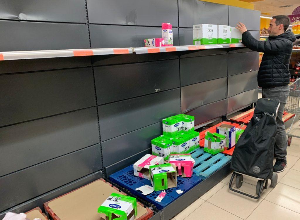 Coronavirus en Barcelona y las compras de pánico