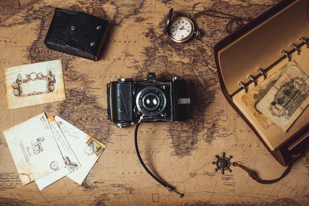 La vuelta al mundo de Julio Verne sin salir de casa.  Viaje con Escalas
