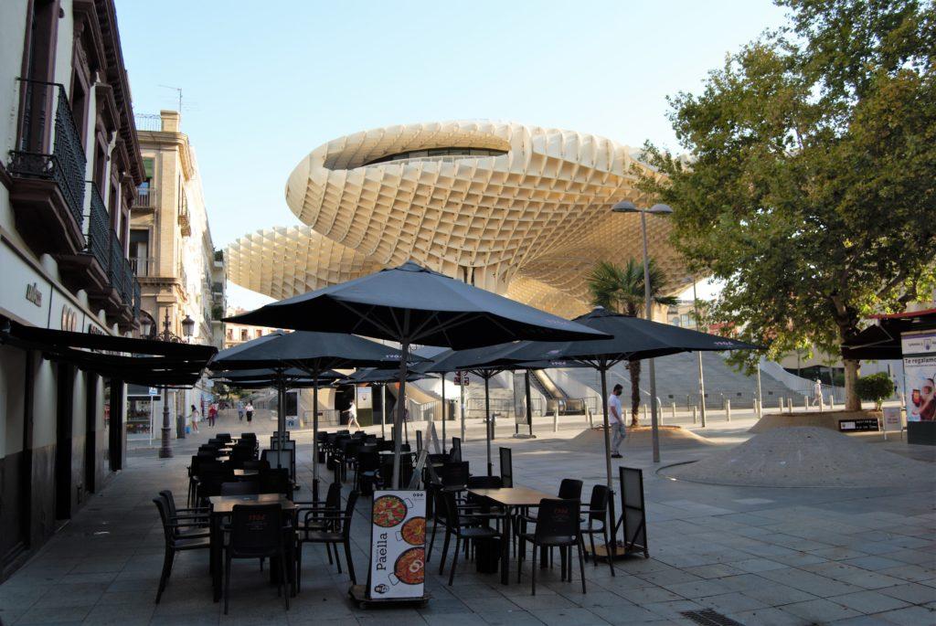Sevilla sin turistas y bares vacíos